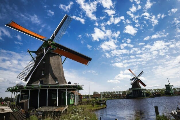 Apply now to get The 3-month innovation program from Startupbootcamp, Amsterdam