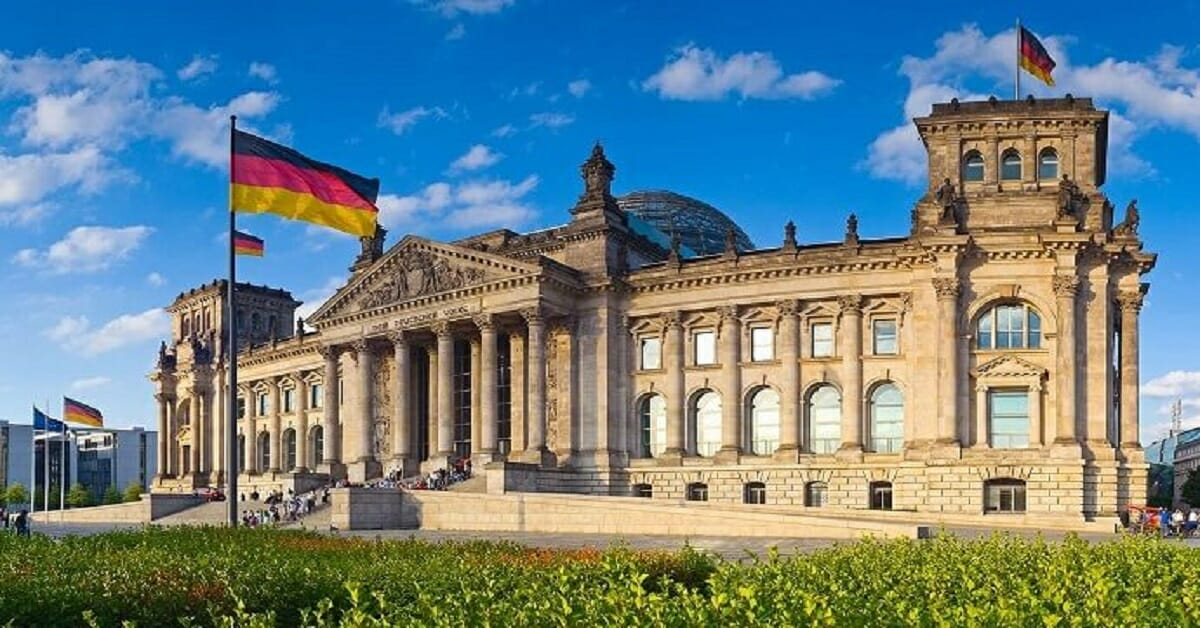 KAAD's Post-graduate Scholarships for Catholics from Developing Countries to Study in Germany 2021