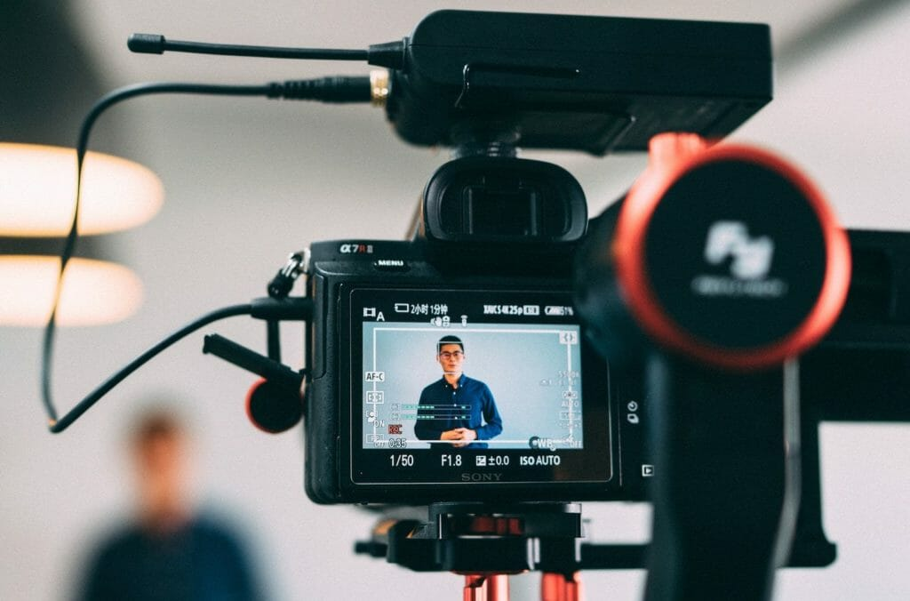 Mindselo Young Video Creators Online Program for young visionaries to win Monetary Rewards 2021
